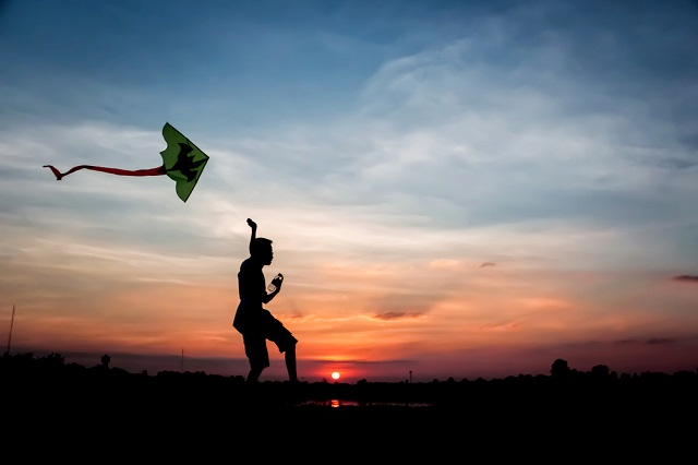 Fliying Kites