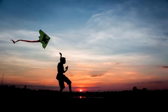 Fliying Kites